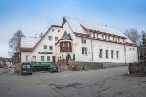 Hotel / penzion / restaurace, Deštné v Orlických horách - 01_budova.jpg