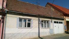 Rodinný dům na prodej, Moravský Krumlov / Rakšice