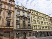 Nájemní dům na prodej, Praha / Smíchov