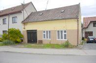 Stavební pozemek na prodej, Slavkov