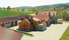 Komerční nemovitost na prodej, Soběsuky / Milovice