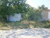 Stavební pozemek na prodej, Hostěradice