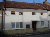 Rodinný dom na predaj, Bílovice-Lutotín / Bílovice