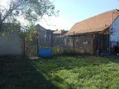 Stavební pozemek na prodej, Rakvice