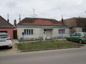 Rodinný dom na predaj, Znojmo / Oblekovice