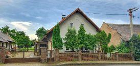 Rodinný dům na prodej, Stojice