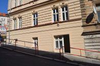Komerční nemovitost k pronájmu, Praha / Smíchov