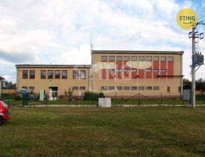 Komerční nemovitost, Velké Opatovice - fotografie č. 1