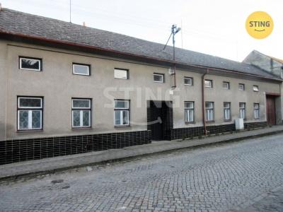 Rodinný dům, Lutopecny - fotografie č. 1