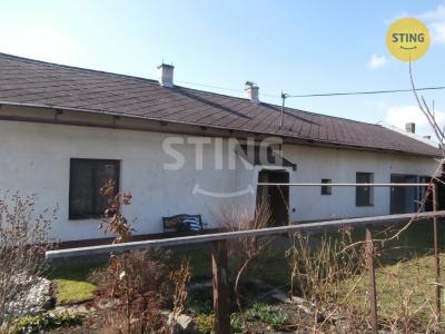 Rodinný dům, Kravaře / Dvořisko - fotografie č. 1
