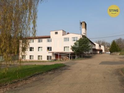 Komerční nemovitost, Divišov - fotografie č. 1