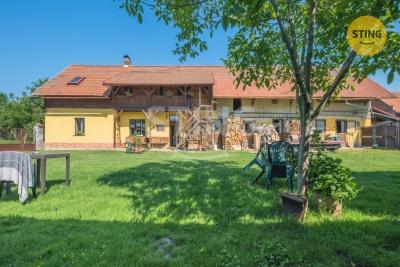 Rodinný dům, Sezemice / Dražkov - fotografie č. 1