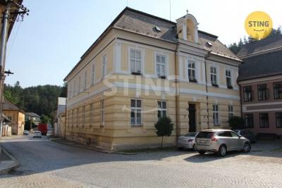 Komerční nemovitost, Jimramov - fotografie č. 1