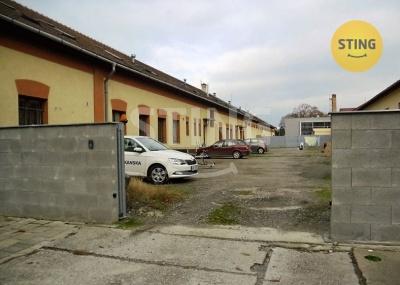 Komerční nemovitost, Olomouc / Holice - fotografie č. 1